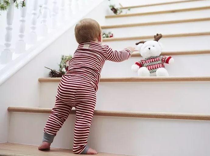 Развитие с рождения до года - 9 месяцев